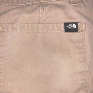 The North Face Khaki Shorts size 38